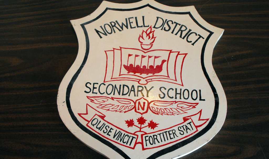 norwell district secondary school crest